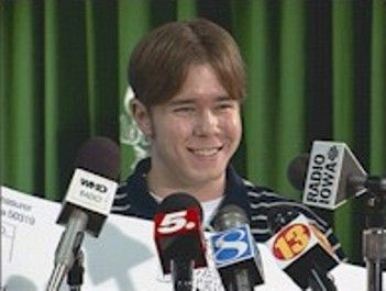 Tim Shultz es uno de los ganadores más jóvenes del Powerball. ¡Él ganó $28 millones!