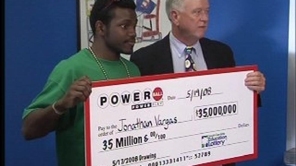 Jonathan Vargas, l'un des plus jeunes gagnants du Powerball, a dépensé sa fortune dans le projet Wrestlicious