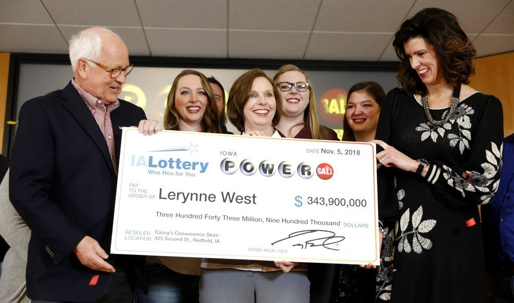 Us Powerball Jackpot Winner Lerynne West